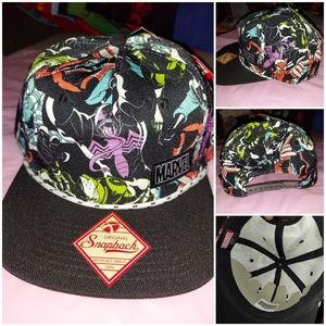 Marvel snapback hat with characters